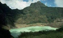 Cerita Rakyat dari Maluku dan Dongeng Anak Sulawesi Tenggara